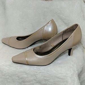 "LifeStride 2.5"" heels pumps"